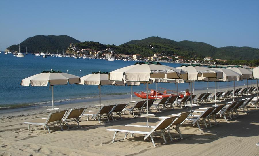 La spiaggia paglicce beach isola d 39 elba for Cabine dell isola di buggs